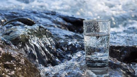 Достоинства доставки питьевой воды в офис или на дом